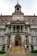 Hôtel de Ville - Town Hall.