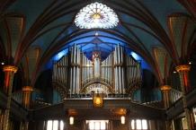 7000 pipes make up the organ.