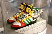Winged sneakers