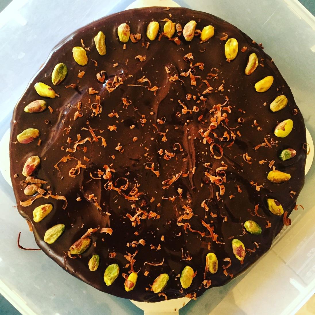 Cake 2: Pistachio and chocolate